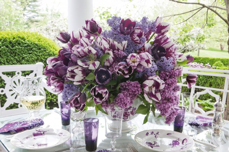 Carolyne Roehm A Constant Thread outdoor dining purple flowers Fall 2018 Design Books