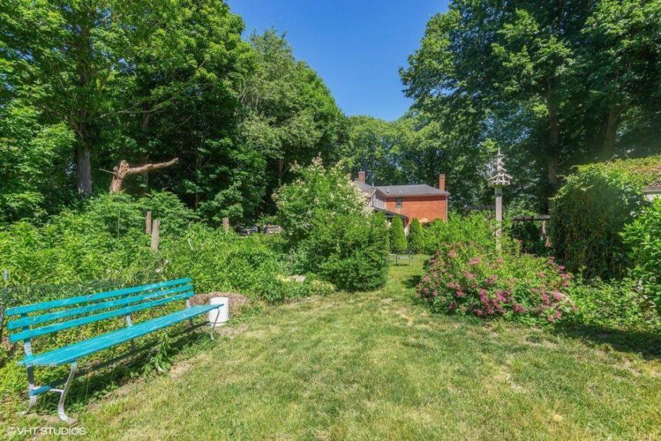 Antique Cape Cod Sandwich MA landscaping