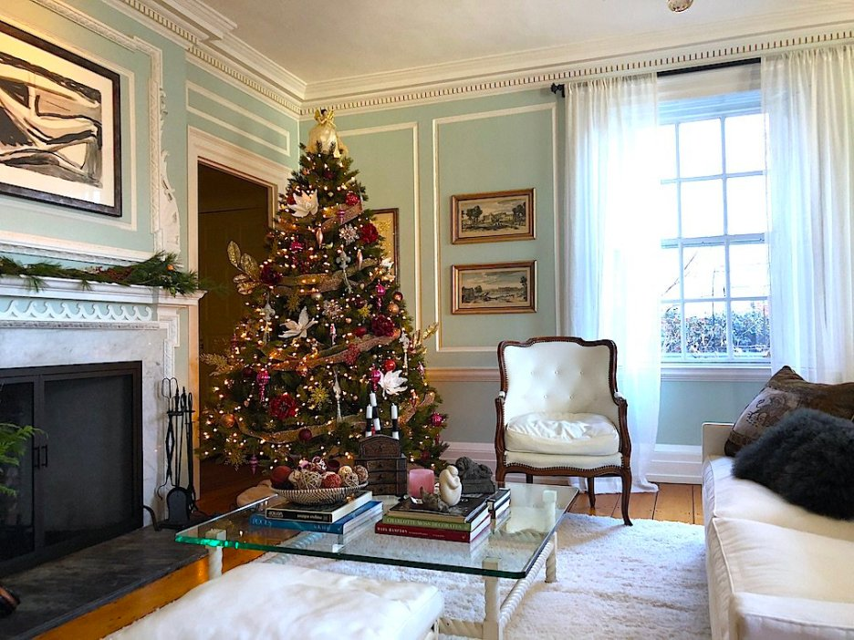 19 Federal Street Living Room Christmas Newburyport Holiday House Tour 2018
