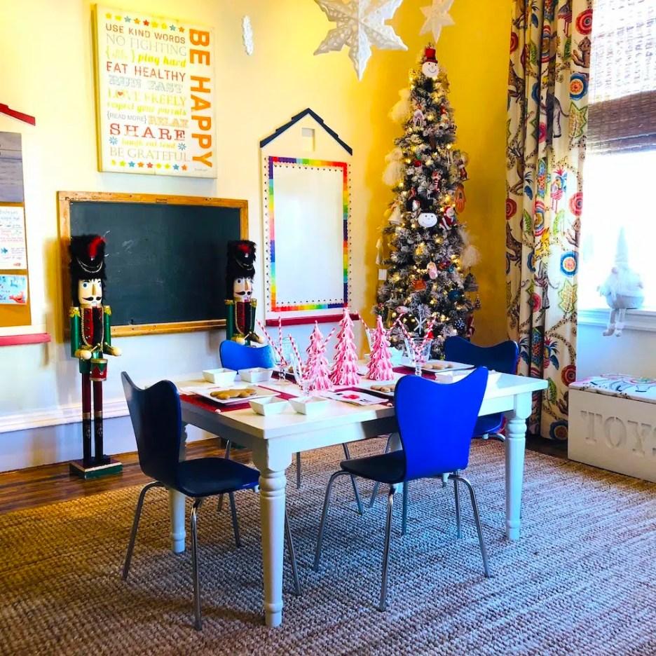 212 High Street kids playroom Christmas Holiday House Tour 2018