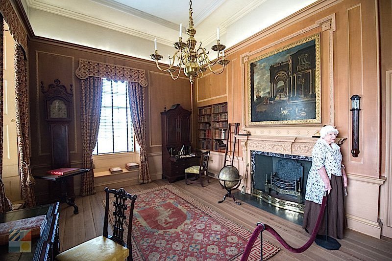 Tryon Palace library sitting room