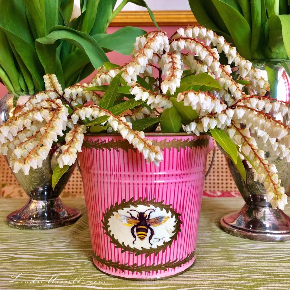 Linda Merrill flowers decoupage pot