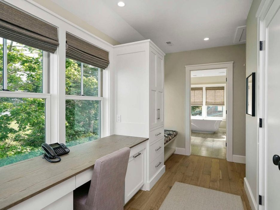 46 Winsor Street Duxbury Bay Ocean view home office