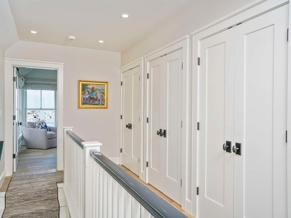 46 Winsor Street Duxbury Bay Ocean view upper hall Duxbury Bay Home
