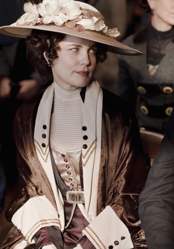 Cora Crawley velvet coat