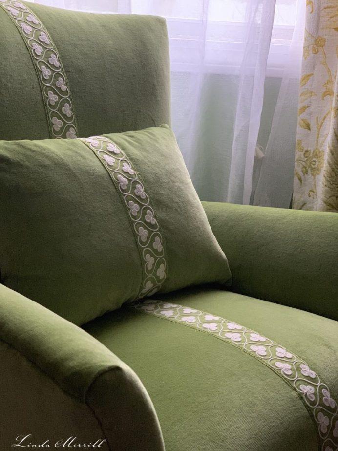 Linda Merrill reupholster an old chair JAB Tizian velvet fabric Schumacher trim seat closeup 1