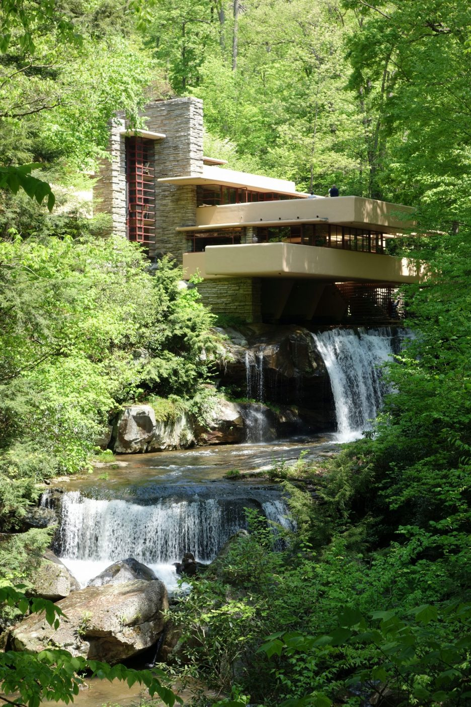 Fallingwater exterior Daderot Wikipedia