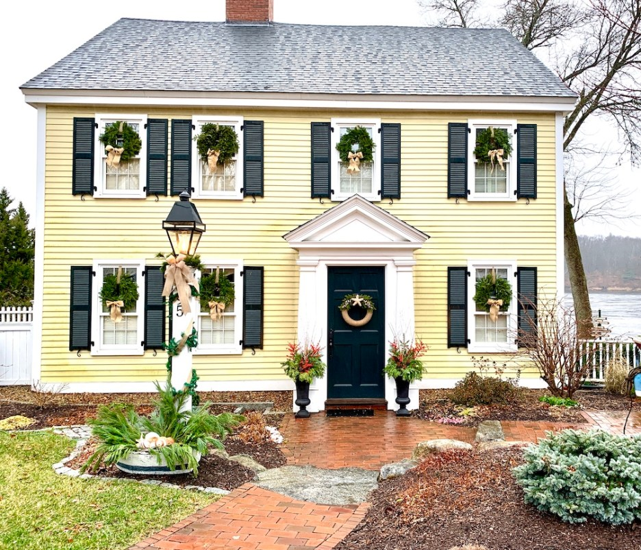 Newburyport 2020 Holiday House Tour Amesbury Main Street yellow Colonial Seaside Yuletide