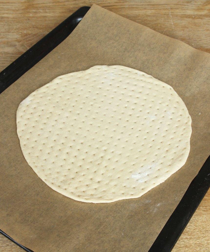 3. Grädda kakan längst ner i ugnen i ca 30 min.