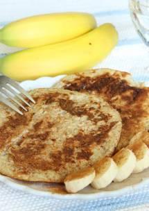 Nyttiga bananpannkakor med 2 ingredienser –klicka här för recept!