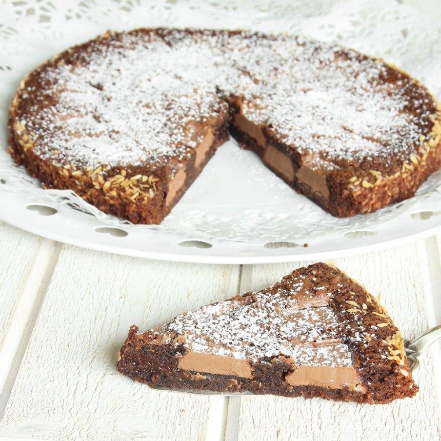 chokladkladdkaka-med-chokladbitar8