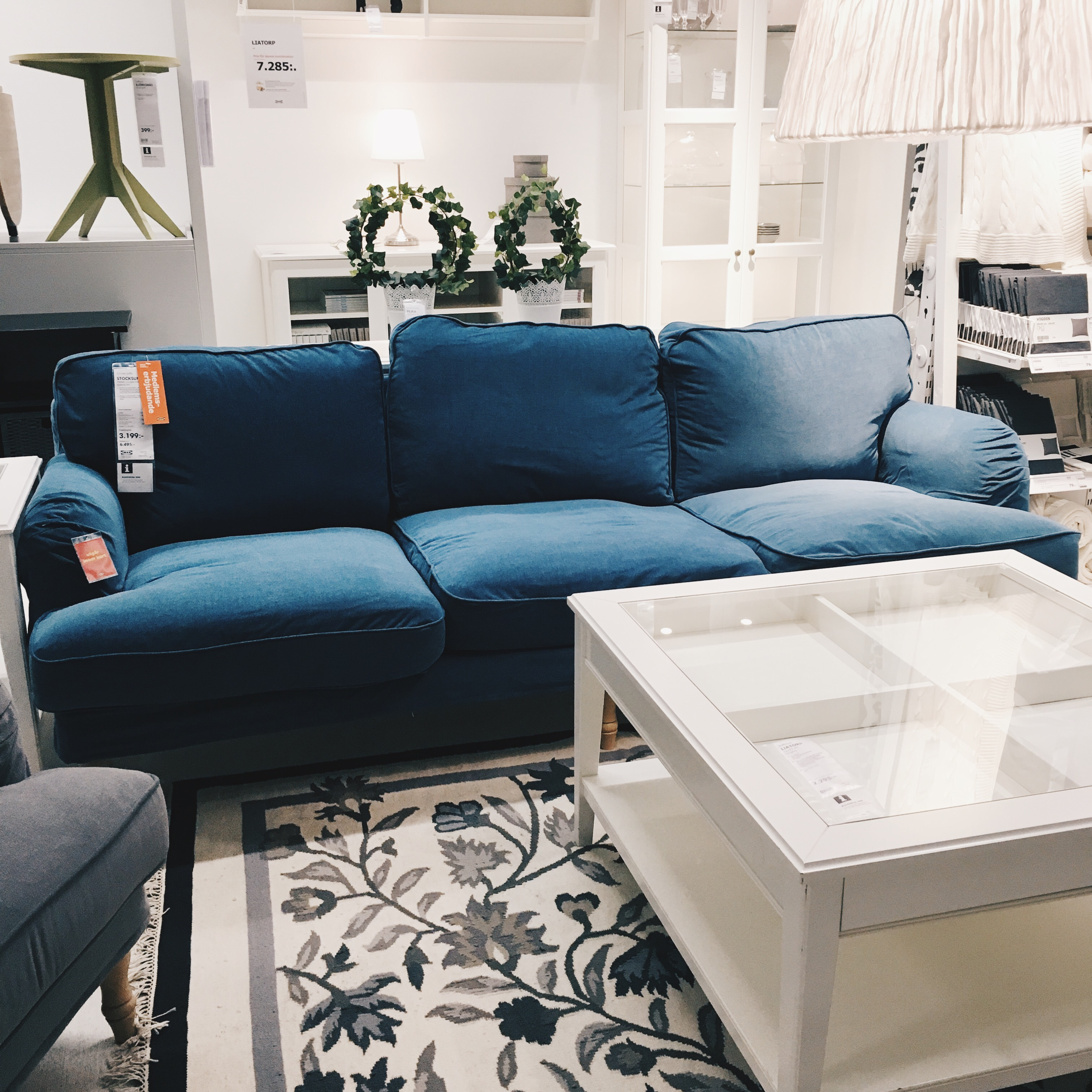 bentley recliner sofa loveseat and armchair set modern black compact leather sectional stocksund ljungen blue | baci living room