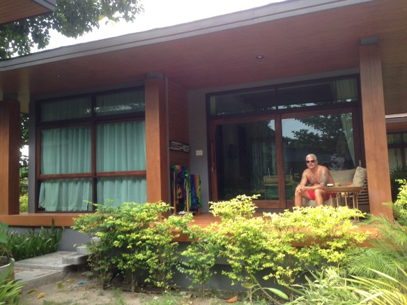 Akira villa fasade terrasse Geir