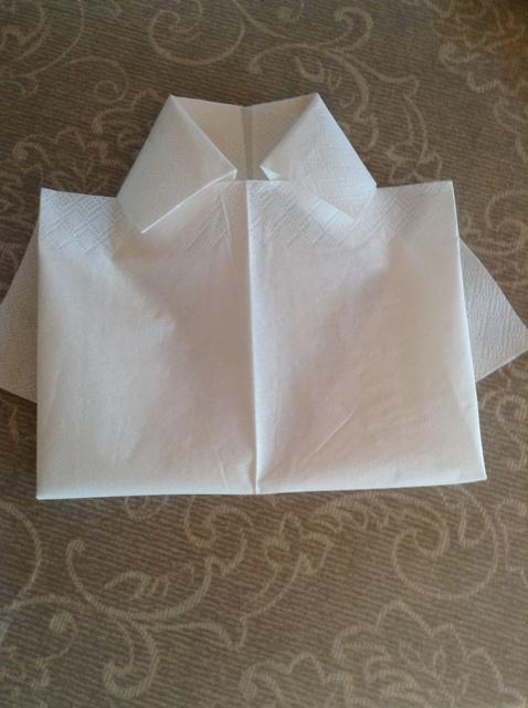 serviettbretting enkel skjorte
