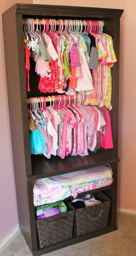 klesskap av bokhylle til barneklær barnerommet
