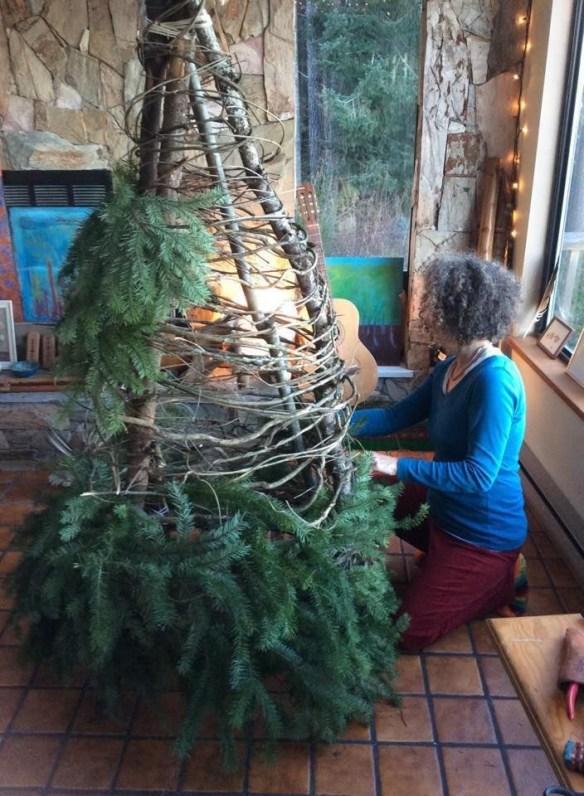 bygging-av-julekjole-juledekorasjon