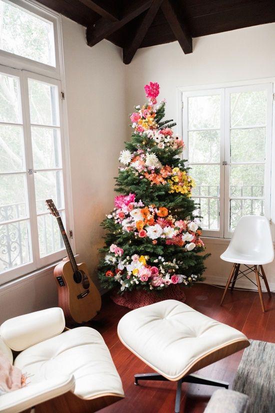juletre-med-blomster