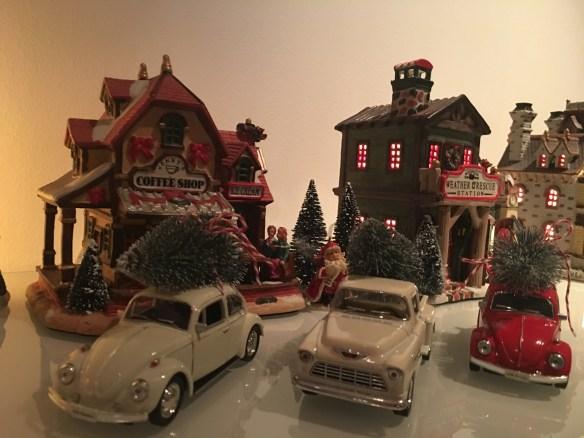 samlebilde-julebiler-vw-boble-og-pickup-med-juletre-woweffekt