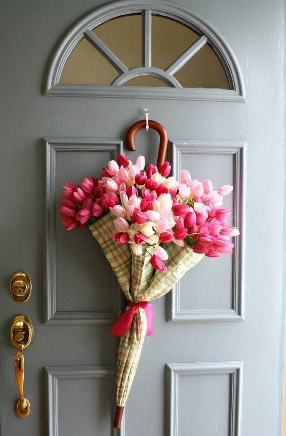 tulipaner på dør til påske