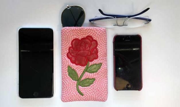 In-the-Hoop Glasses/Phone Slip Case