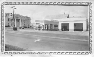 Magnolia Service Station owned and operated by J. J. Eller. Mid-1930s photos from the collection of Charline Wiley Morris.