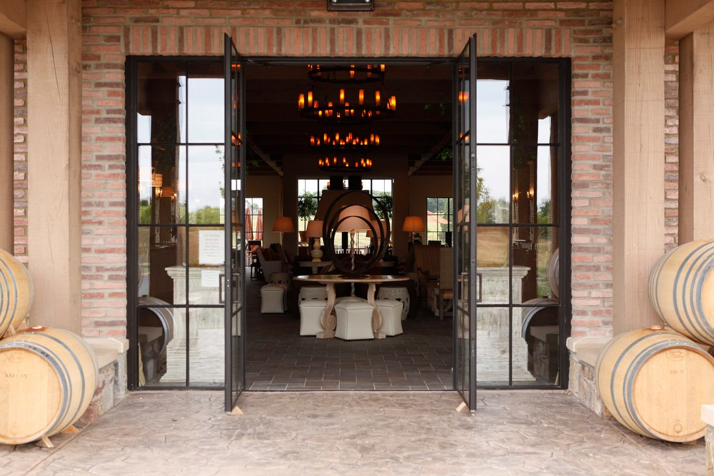 Restaurant defines options at Early Mountain Winery