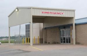 Lindsay Hospital Emergency Entrance
