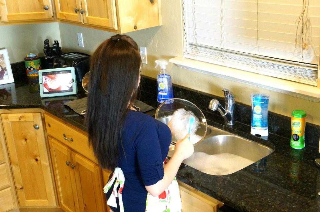 Lindsay Satmary mommy blogger