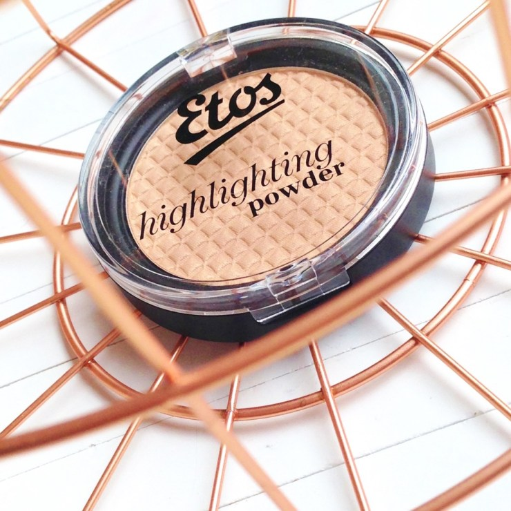 Etos Highlighting Powder