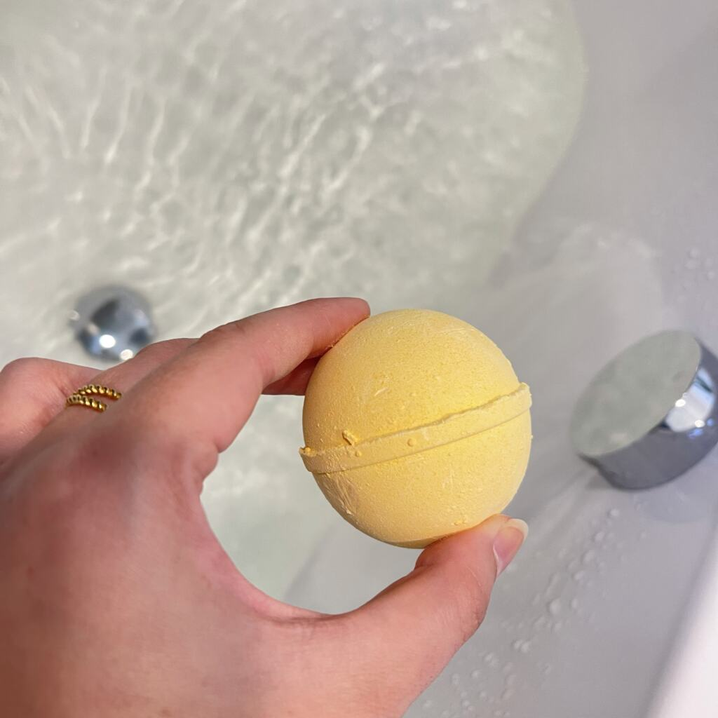 Shampoobars Bath Bomb Mango