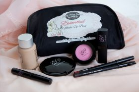 the-complete-essential-lcs-makeup-kit-200-1417699307-jpg