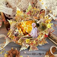 Autumn Photo Frame with Lindy's Sprays and Powders from Olga Ravenskaya
