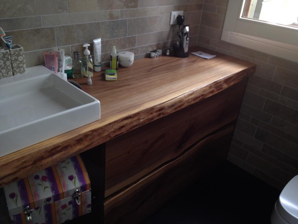arredo bagno in legno  mobili bagno in legno  librerie su misura a treviso  armadio in legno