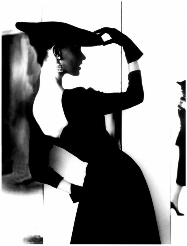 """bassman """"Barbara Mullen. (Sombrero plano, espalda desnuda)"""", 1958."""