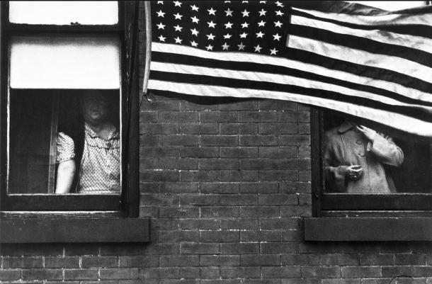 1 robert frank Desfile. Hoboken, Nueva Jersey