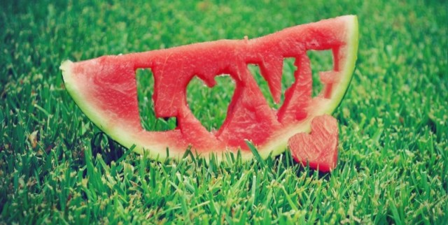 love_watermelon-wallpaper-800x600