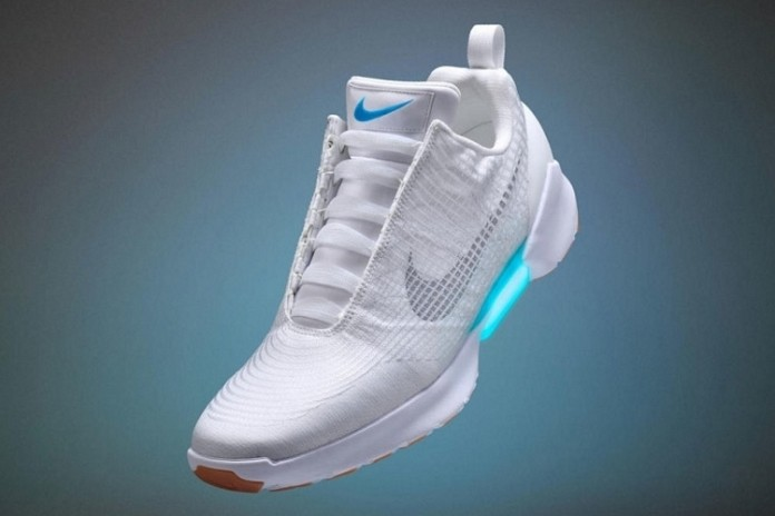 nike-hyperadapt-self-lacing-shoes-3