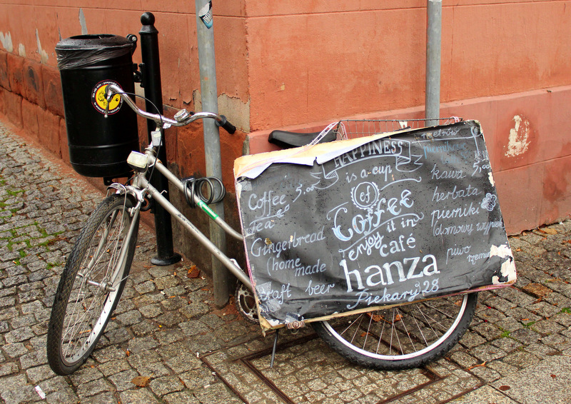 Cafe Hanza bicycle signage