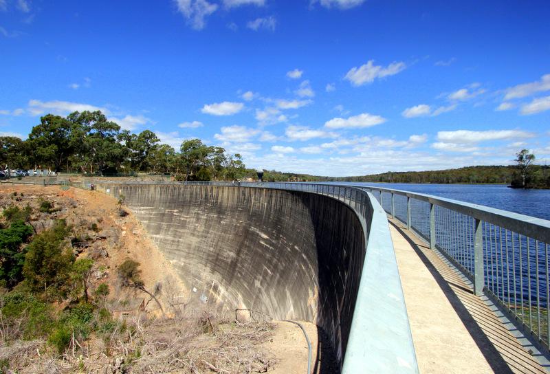 Whispering Wall, Barossa Reservoir