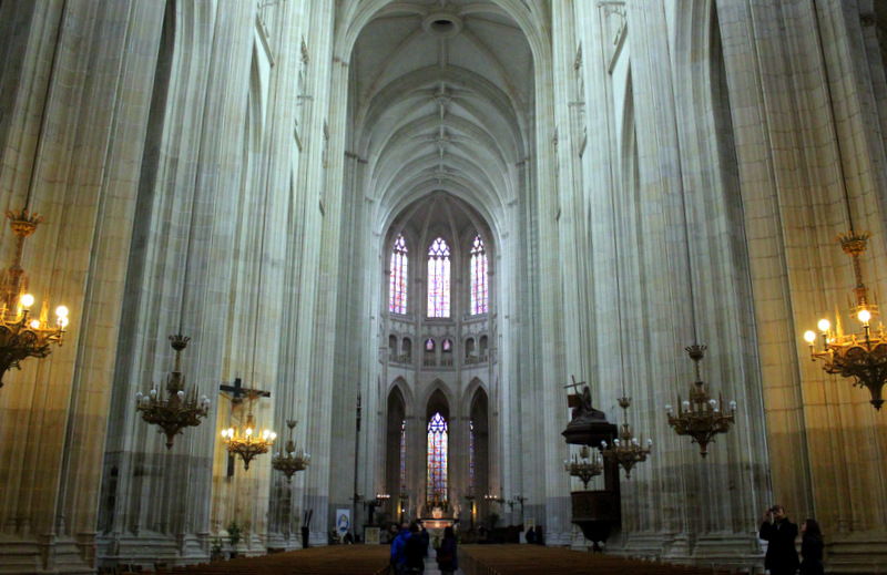 Inside Nantes Cathedral