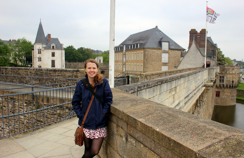 Walking Nantes Castle walls