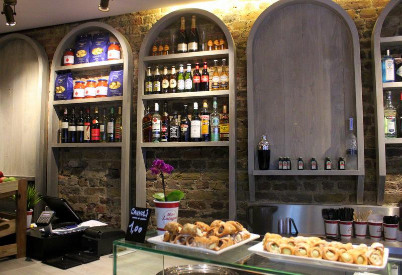 Bar at Mister Lasagna