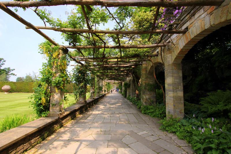 Walkways of Hever Castle