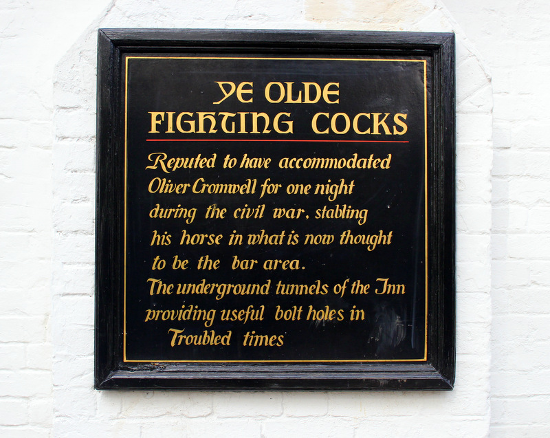 Ye Olde Fighting Cocks