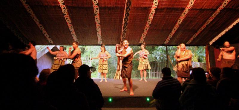 Entertainment at Tamaki Maori Village
