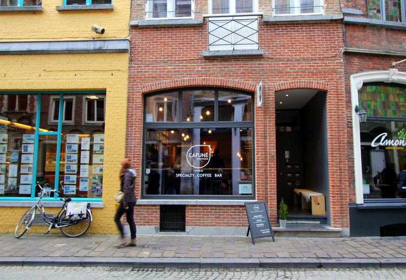 Cafune coffee shop, Bruges