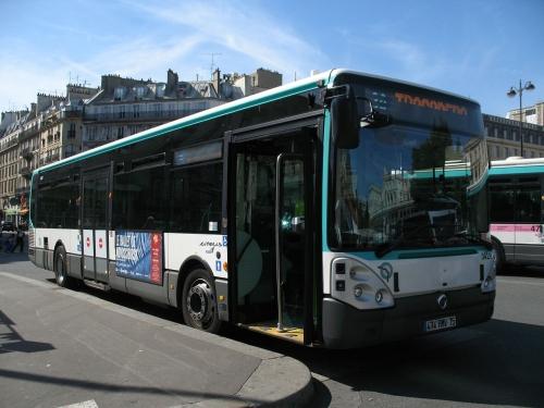 1280px-Île-de-France_RATP_Irisbus_Citelis_Line_n°3429_L30_Gare_de_l'Est_(2).jpg