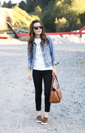 denim-jacket-and-cropped-leggings