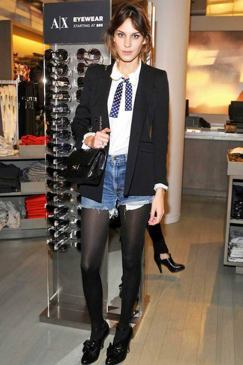 2-Le-Fashion-Blog-40-Of-Alexa-Chung-Best-Looks-With-Denim-Shorts-Bolero-Tie-Tights-Jean-Cut-Offs-Via-Glamour-UK
