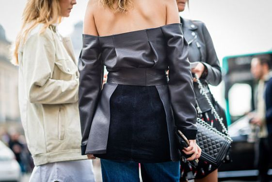 hombros-al-aire-street-style-6